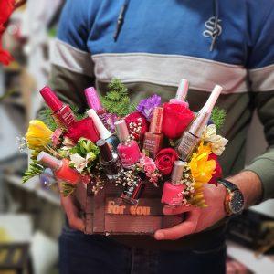 ترکیب گل و لاک