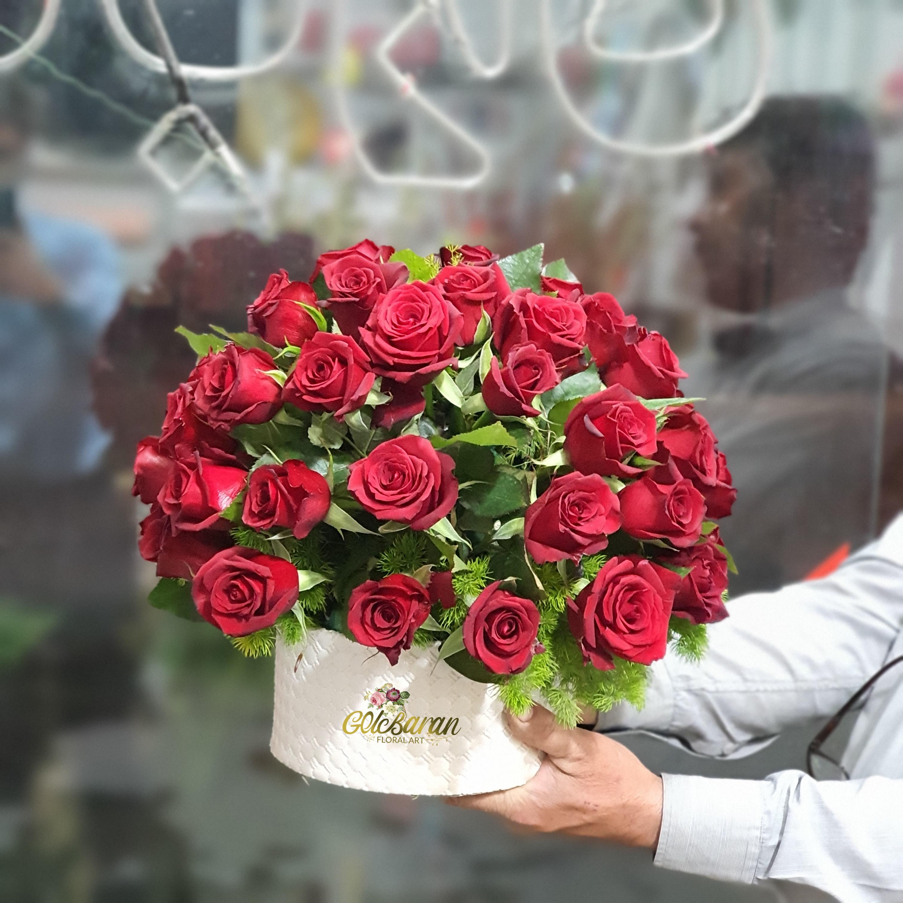 باکس گل رز جاینت